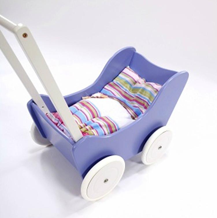 puppenwagen lauflernwagen aus naturholz in violett mit bremse inkl bettdeckchen babyshop one. Black Bedroom Furniture Sets. Home Design Ideas